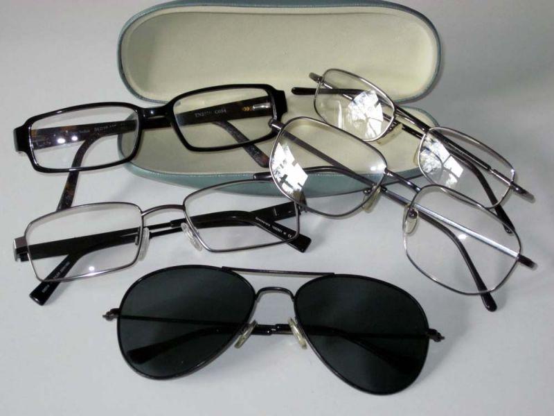 Tartós fogyasztási cikk a szemüveg f3f9c85cf0